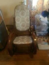 Rocking chair Catonsville, 21228