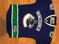 New Vancouver Canucks jersey Windsor, N8X 3L5