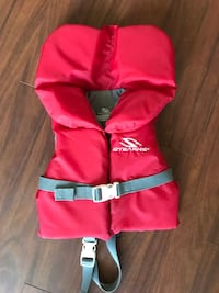 EUC Sterns Infant life jacket 20-30 pounds  Toronto, M3H