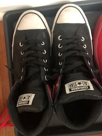 Men's 9 converse worn once  Arlington, 22204