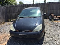 Ford - Focus - 2002  salvage title this car for parts or fixable run and drive Dover