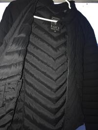 Guess bomber jacket M size Vancouver, V6P 3Y4