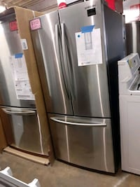 new SAMSUNG 30 In French doors fridge with 6 months warranty  Baltimore, 21223