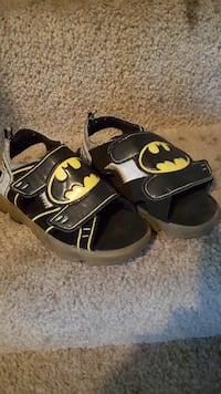 pair of toddler's Batman themed sandals San Jose, 95110