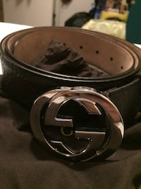 New Gucci Belt with silver buckle
