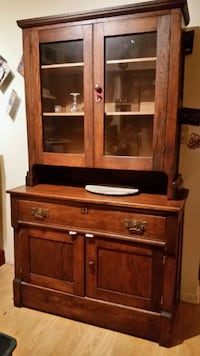 Antique China cabinet and hutch Saint Michaels, 21663