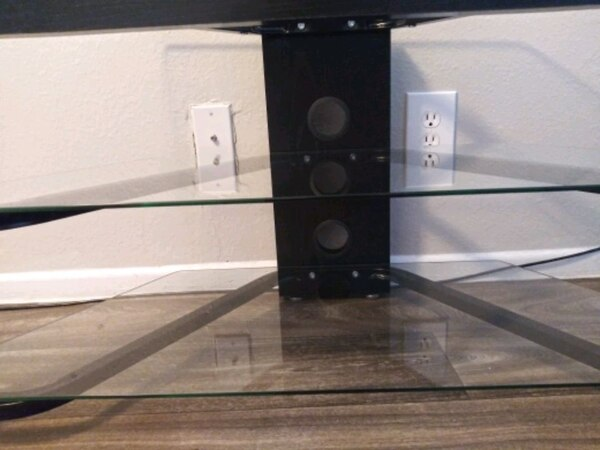 (Or best offer) 3 Level Glass & Oak TV Stand 048ebf30-0aa4-4716-8699-15a2ff942f2e