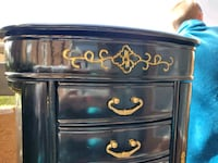 Hand painted jewelry box tons of detail Las Vegas, 89117