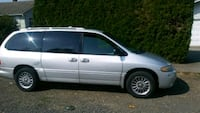 silver-colored Honda CR-V SUV Scappoose, 97056