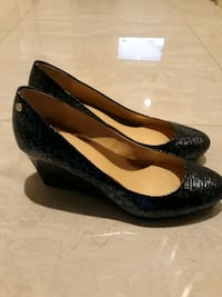 Calvin Klein Navy Blue Heels NEW Surrey, V3Z