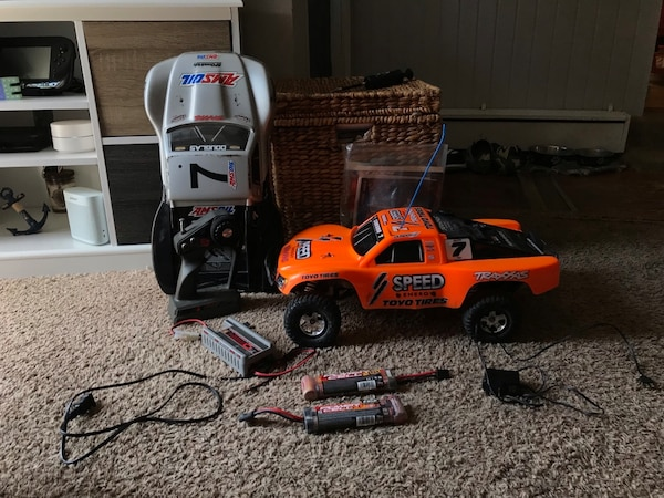 Traxxas Slash 2wd Waterproof RC with Accessories