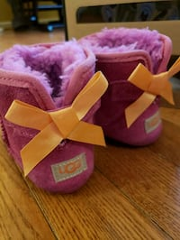 Baby Girl Uggs Chantilly, 20151
