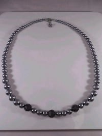 New graduated pearl necklace  544 km