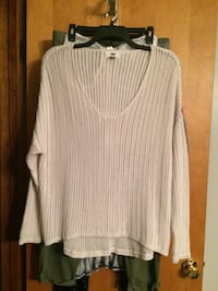 New! XL ON sweater(s) Hagerstown, 21742