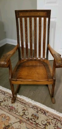 Antique solid wood rocking chair with carved detail & gold patterning. Vaughan, L4H 3B8
