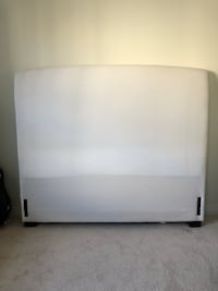 POTTERY BARN - Queen Size- Lewis Headboard only Toronto, M6J 3C2