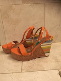 Gorgeous Wedges Size 8 Mississauga, L4Z 4A1