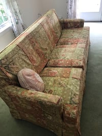 Vintage couch and loveseat