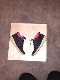 Mens pink+purple Nike Roshe Runs sz.11 Laurel, 20723