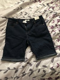 Brand new dark blue denim shorts Washington, 20032