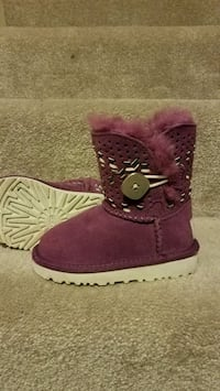 UGG girls purple boots Ashburn, 20147