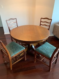 Solid oak table + six chairs