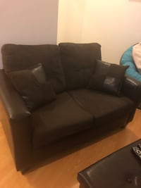 Chocolate brown love seat Barrie