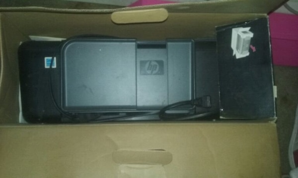 black HP Envy 4520 printer box with printer 717b43a0-50b0-4516-951a-cb083d2354d4