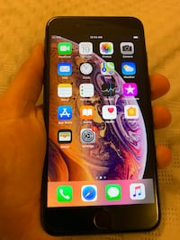 • • IPhone 8 Plus 64gb with new accessories • • Oakville, L6M 2G2