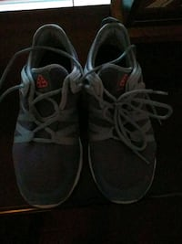 pair of gray-and-red sneakers Greenbelt, 20770