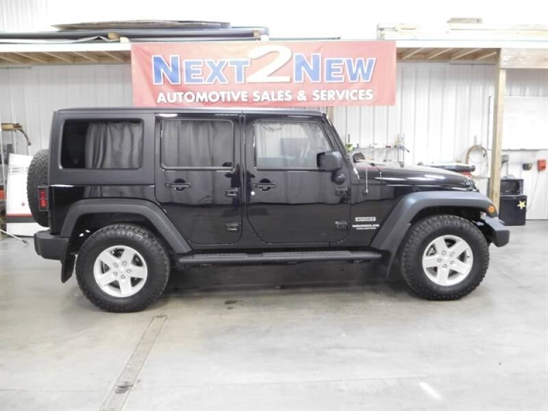 Jeep-Wrangler Unlimited-2014 0