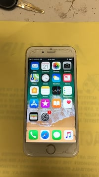 Gold iphone 6 Weslaco, 78596