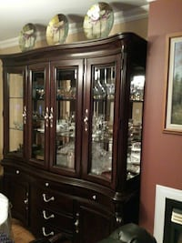 brown wooden china cabinet Laval, H7E