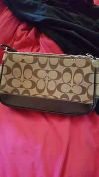 Coach wristlet like new