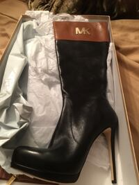 New Authentic Micheal Kors Boots Bowie, 20715