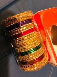 Last few seconds s left size large n med of new gorgeous bangles  Calgary, T3G 1X4