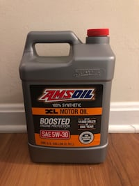 Motor oil 100% synthetic Ashburn, 20147
