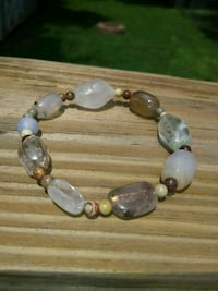 Quartz of many kinds bracelet Huntsville, 35801