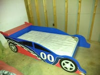 blue and yellow bed frame Crouse, 28033
