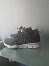 BRAN new adidas  size 8.5 for mens  91304, 91304