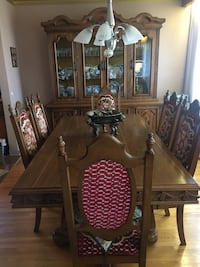 Dining room table Toronto, M6A 2T9