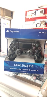 PS4 Dualshock 4 Wireless Controller  Toronto, M5A 2G5