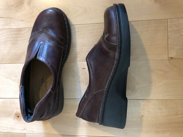 new NAOT leather shoes 2c8880a9-23b8-4bff-a8cb-88569f46988e