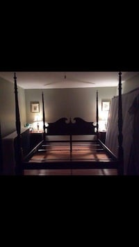 California king poster bed mattress rails and box spring if buyer would like