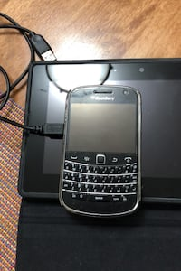 Blackberry bold with case Mississauga, L5L 2L5