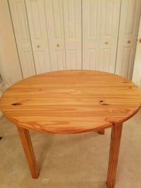 "Round 43"" Pine table Catonsville, 21228"