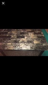 Kitchen table with four chairs Crossville, 38555