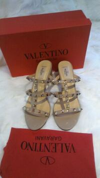 Valentino shoes Brampton, L6R 1X6