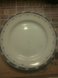 round white and blue ceramic plate Mississauga, L5A 3R1