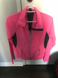 Like new active wear jacket Mississauga, L5B 3Z2